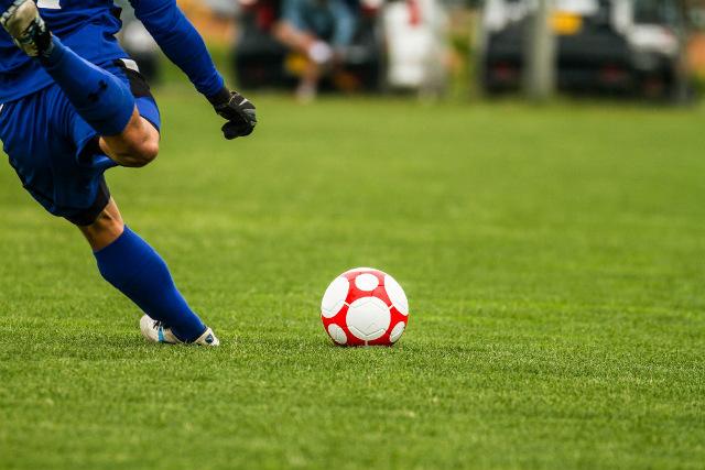 袖ヶ浦でスポーツ障害にお悩みなら【田部整形外科】~サッカーによる膝・股関節の痛みも~